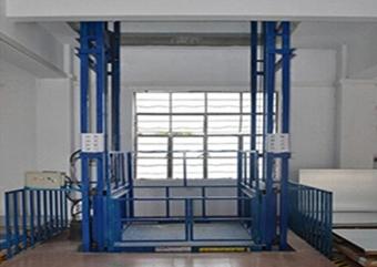 专业生产仓库用升降平台 工业升降货梯  厂家直销